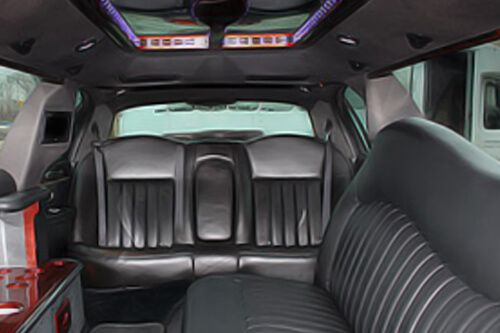 Lincoln Stretch Limo Interior style